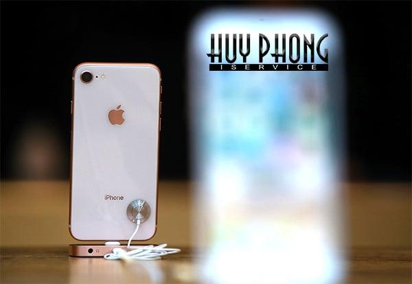bi-quyet-doc-dao-tang-luong-pin-ban-can-biet-khi-mua-iphone-8-2