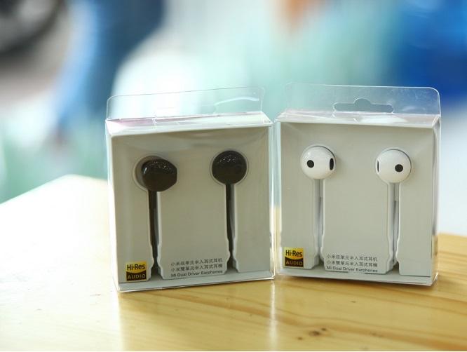 Tai nghe Mi Dual Unit Half Ear