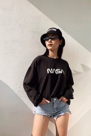 """NASA"" Sweatshirt (Black)"