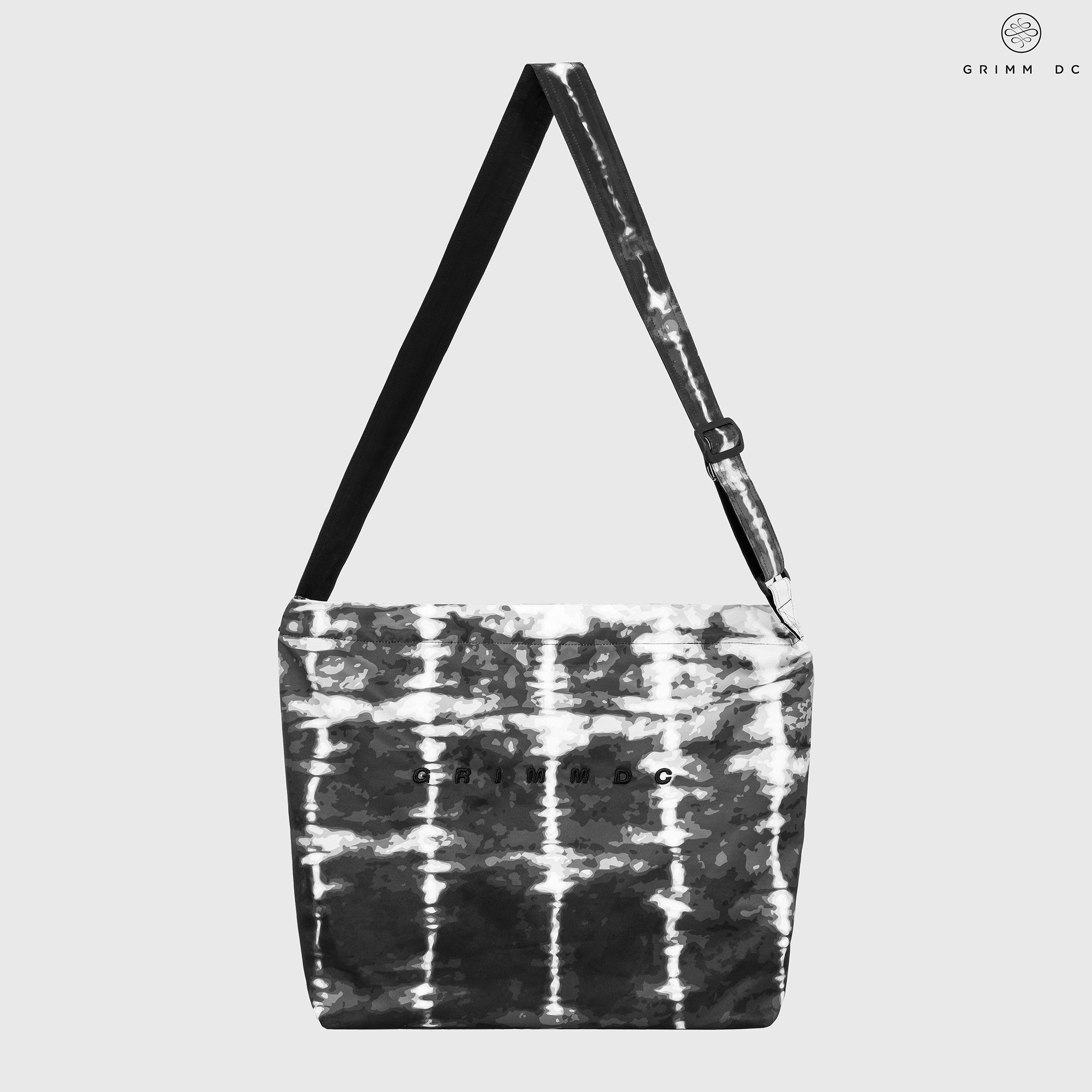 Volcanic Ash shoulder bag