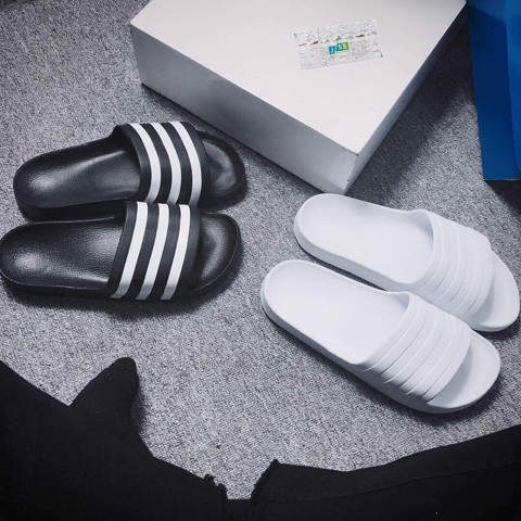 Adidas Slipper White