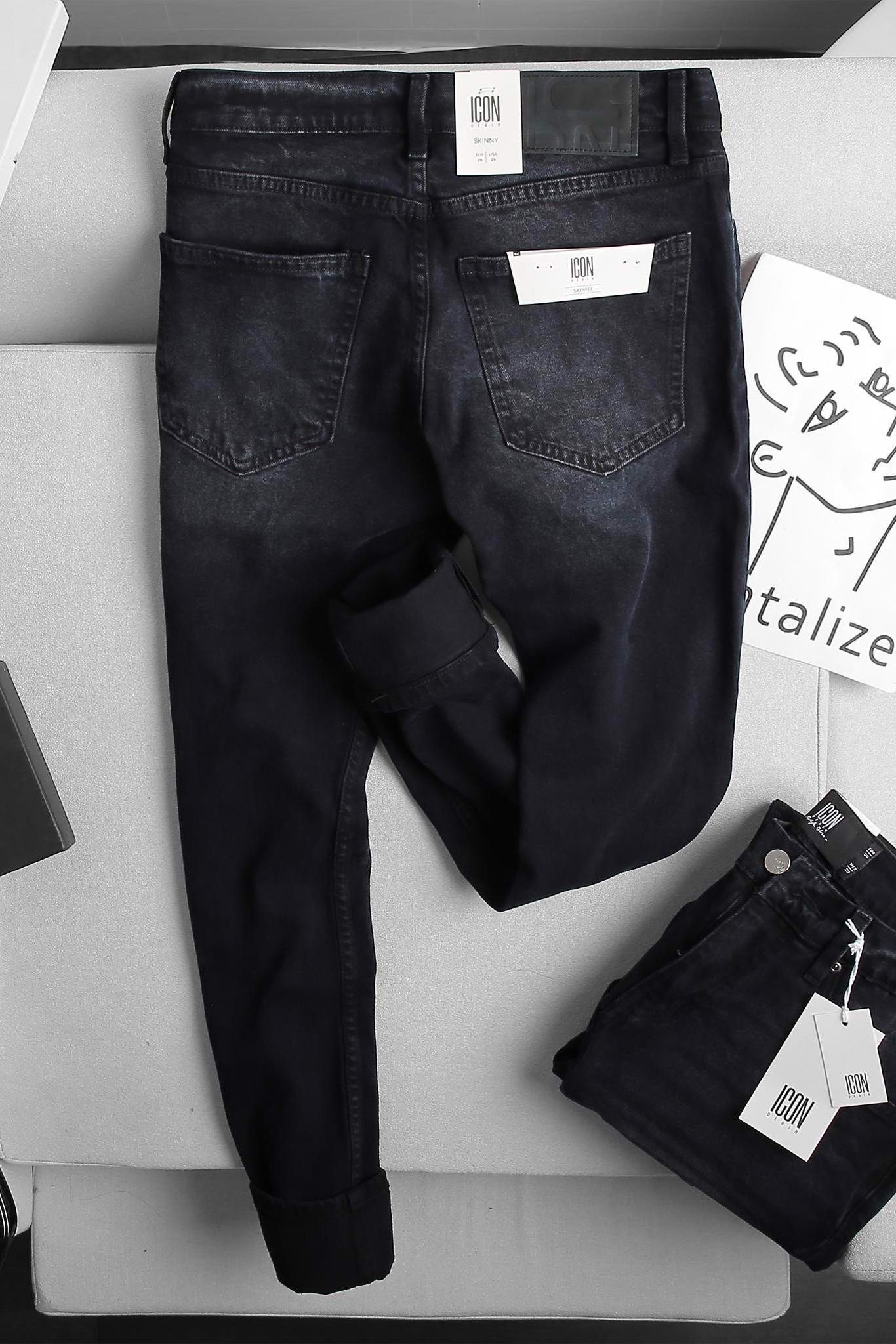 Quần Jean Skinny In Black Wash