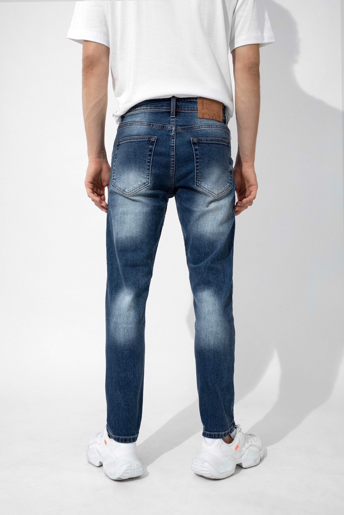 Quần Jean Heavy Wash W Zipped Pocket