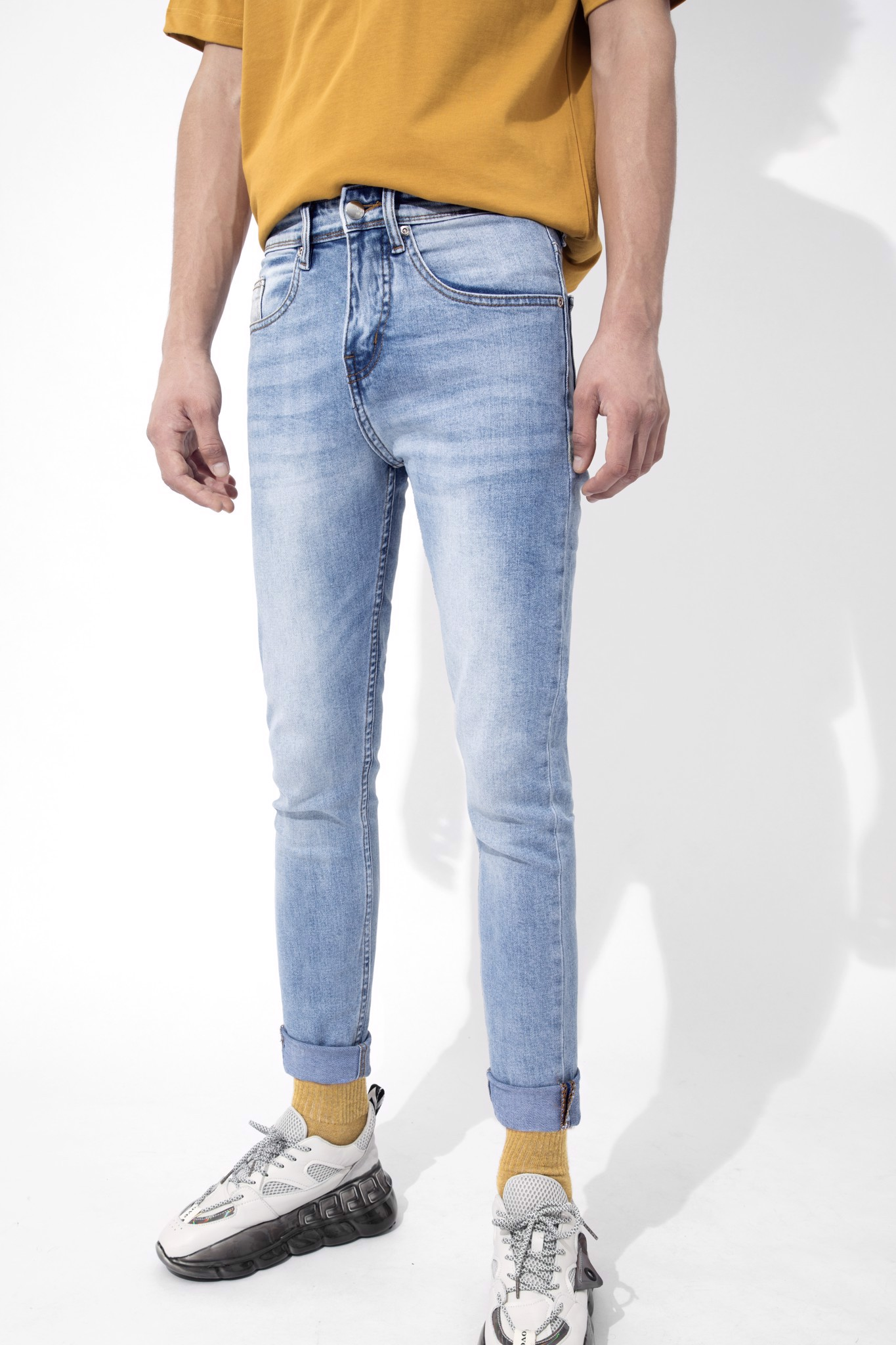 Quần Jean Slim Wash W ICON Embroidered