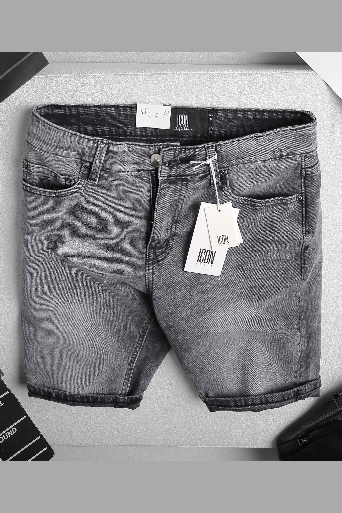 Quần Short Jean Plain W ID Embroidered Pocket