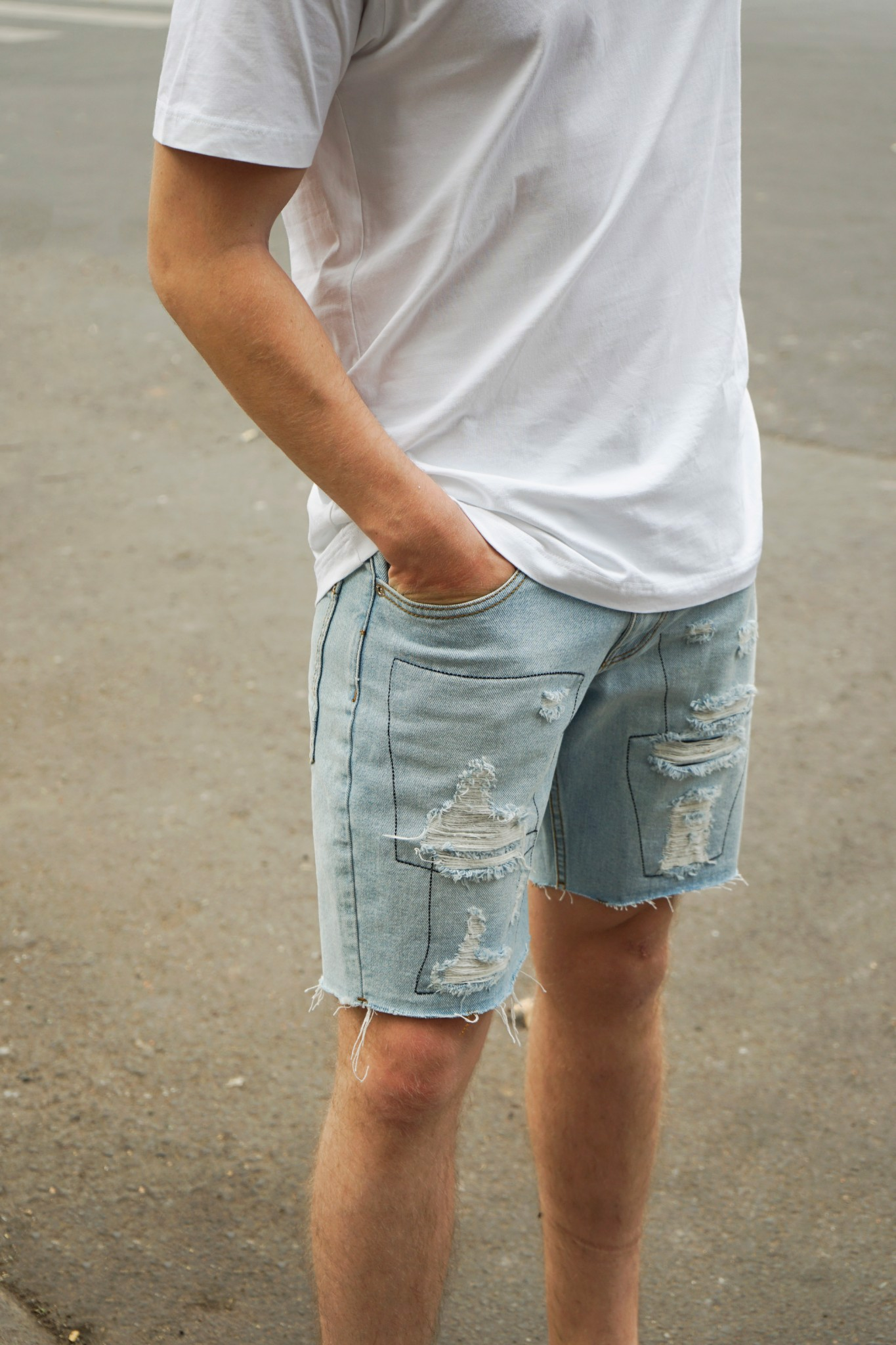 Quần Short Jean Wash Rips W Black Line