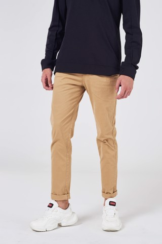 Quần Chino Basic Slim Fit