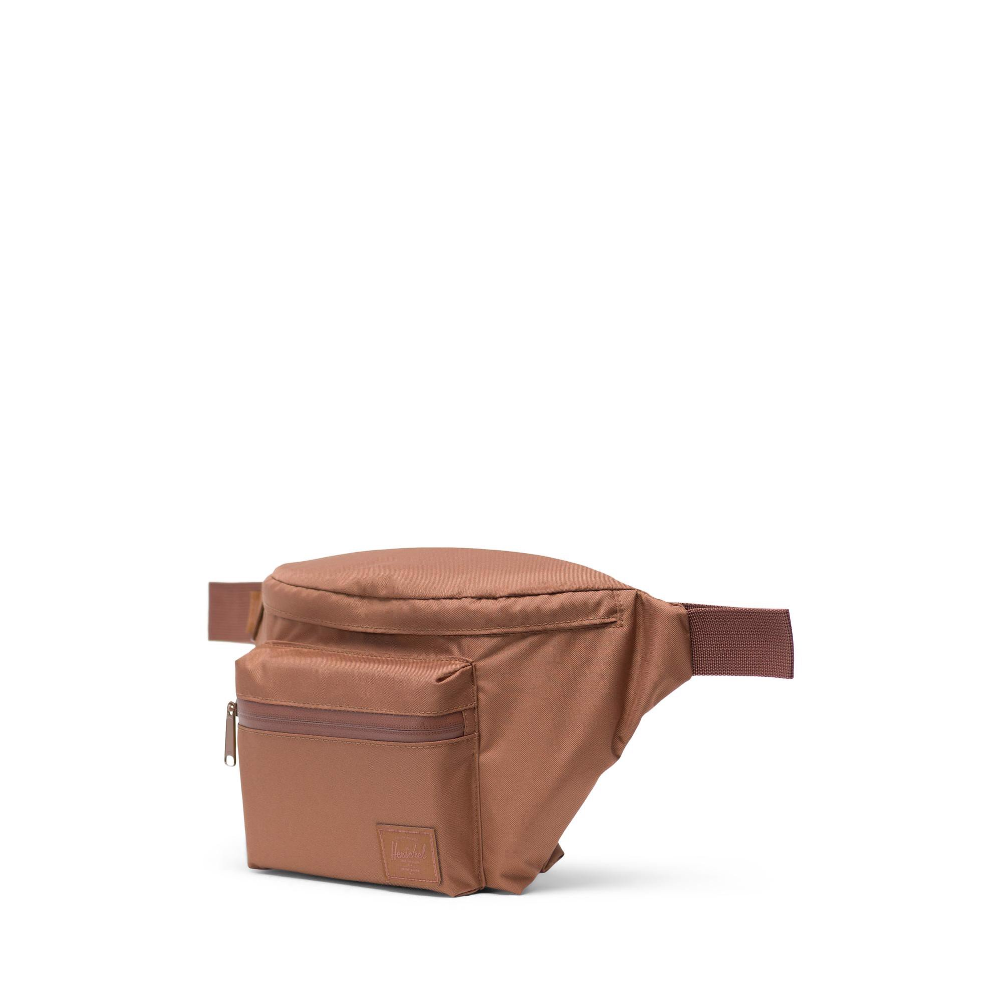 Herschel Seventeen Light Hip Pack - Saddle Brown