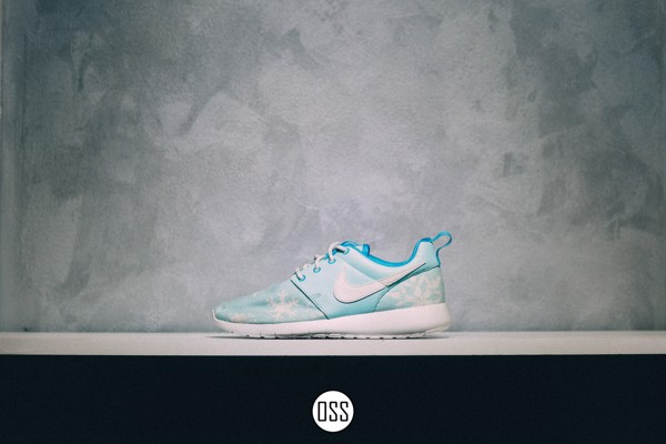 Nike Roshe One 'Snow'