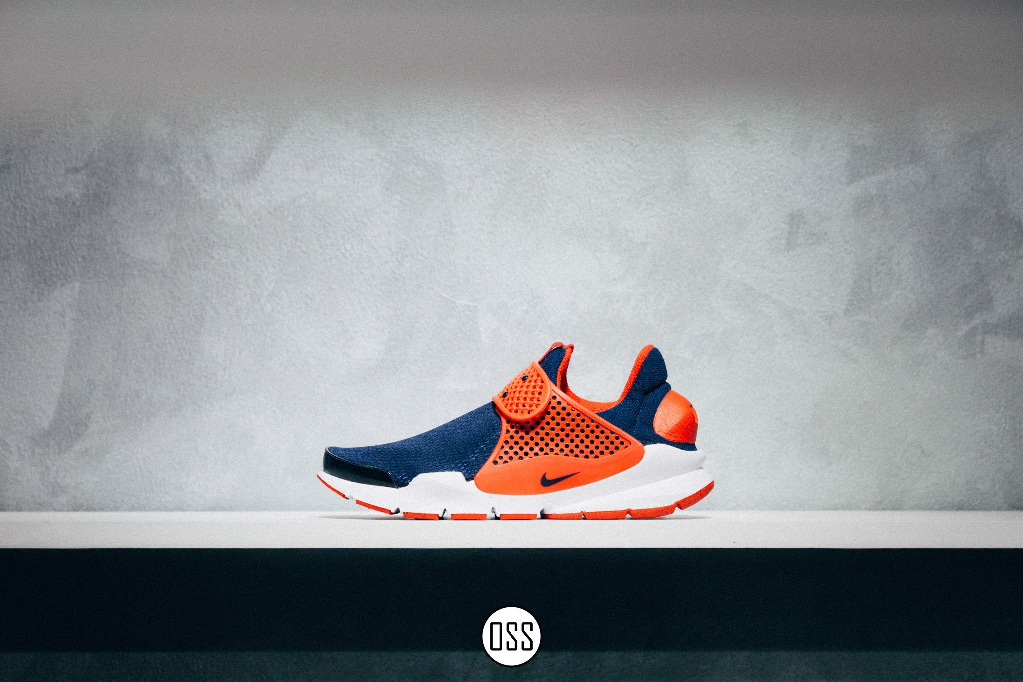 Nike Sock Dart 'Navy/Red'