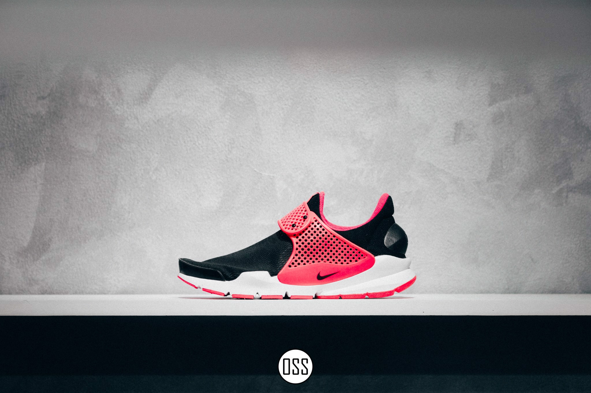 Nike Sock Dart 'Black/Pink'