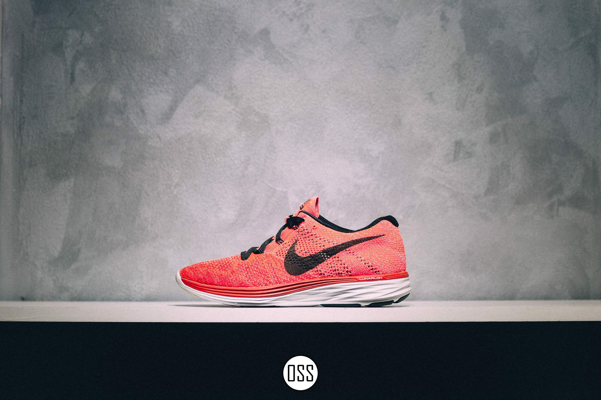 Nike Flyknit Lunar 3 'University Red'