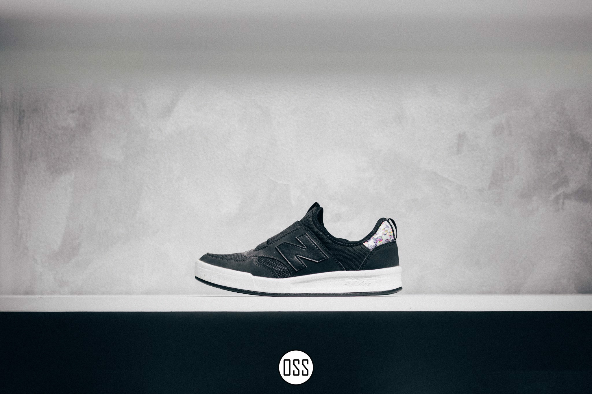 New Balance Slip-on CRT300 'Black'