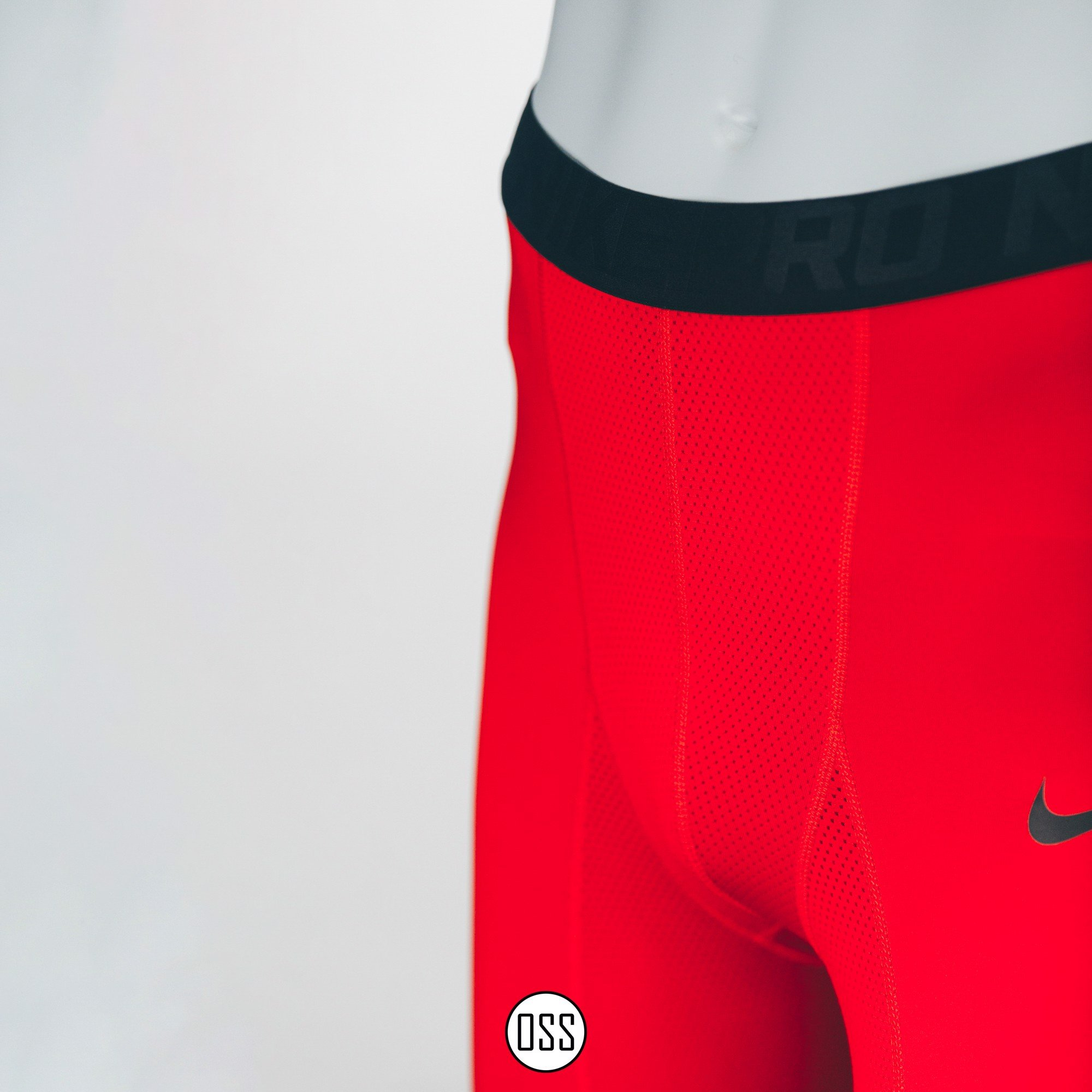 Nike Pro Combat Hyperstrong Tight - Red