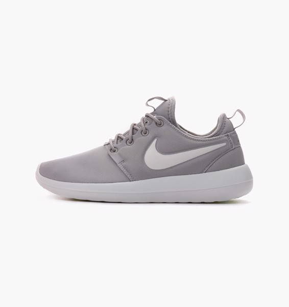 Nike Wmns Roshe Two 'Light Grey'