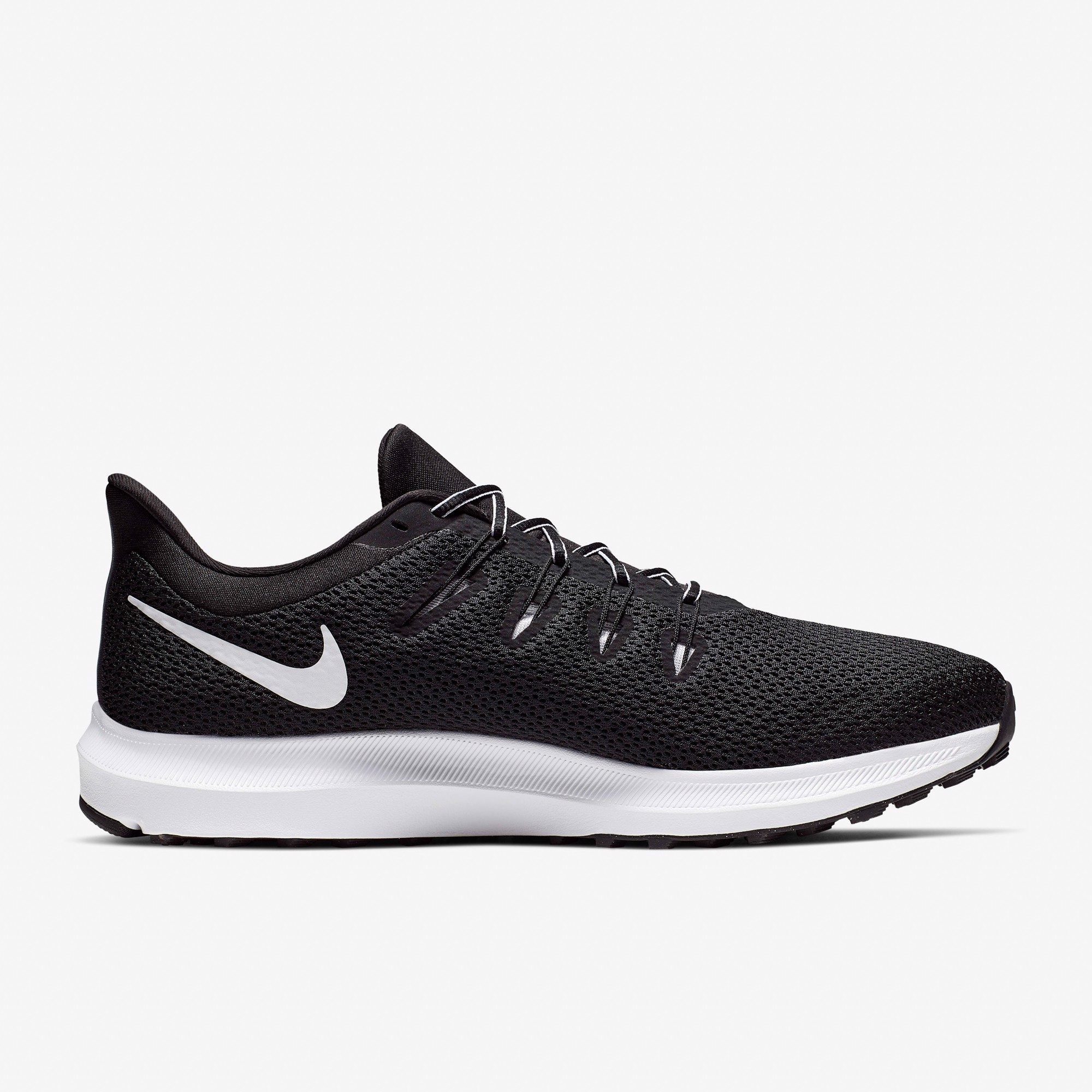 Nike Quest 2 - Black/White