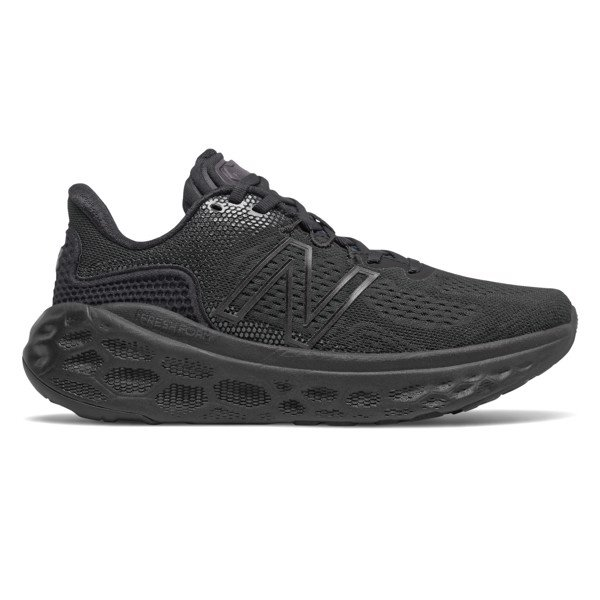 New Balance Fresh Foam More v3 - Black/Black