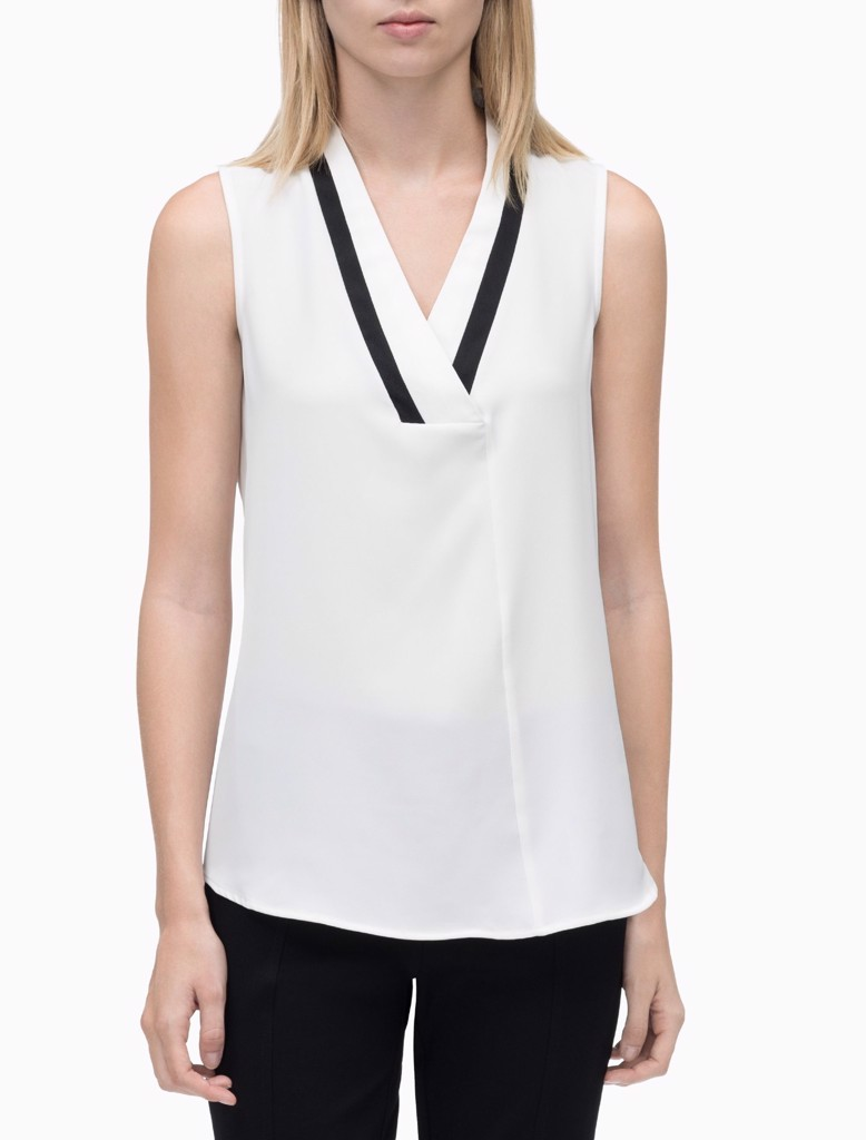 V-NECK TOP WITH CONTRAST