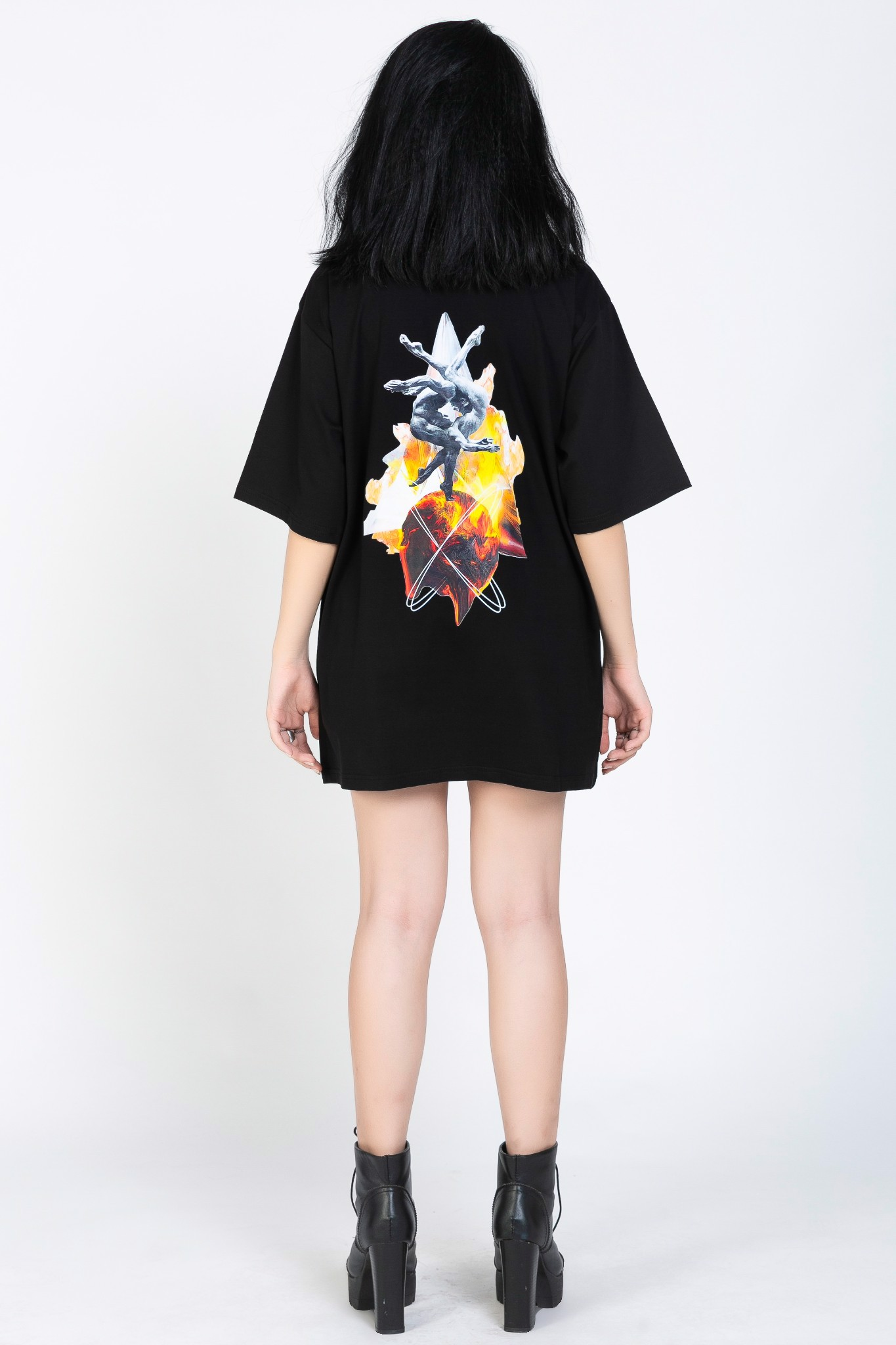 INTERTWINE TEE (Black)