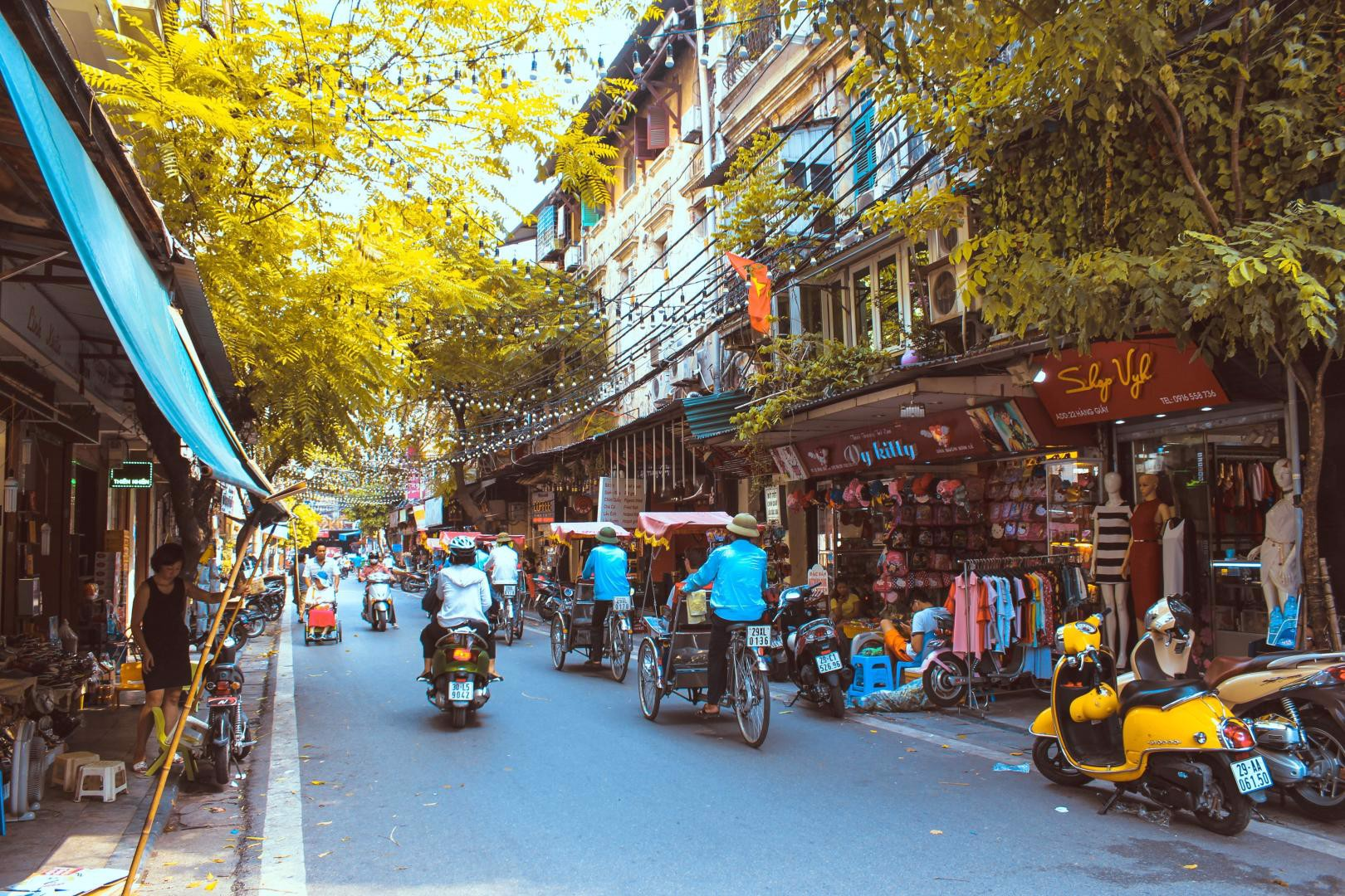 TOP HANOI LUXURY CITY TOUR IN 2021-2022