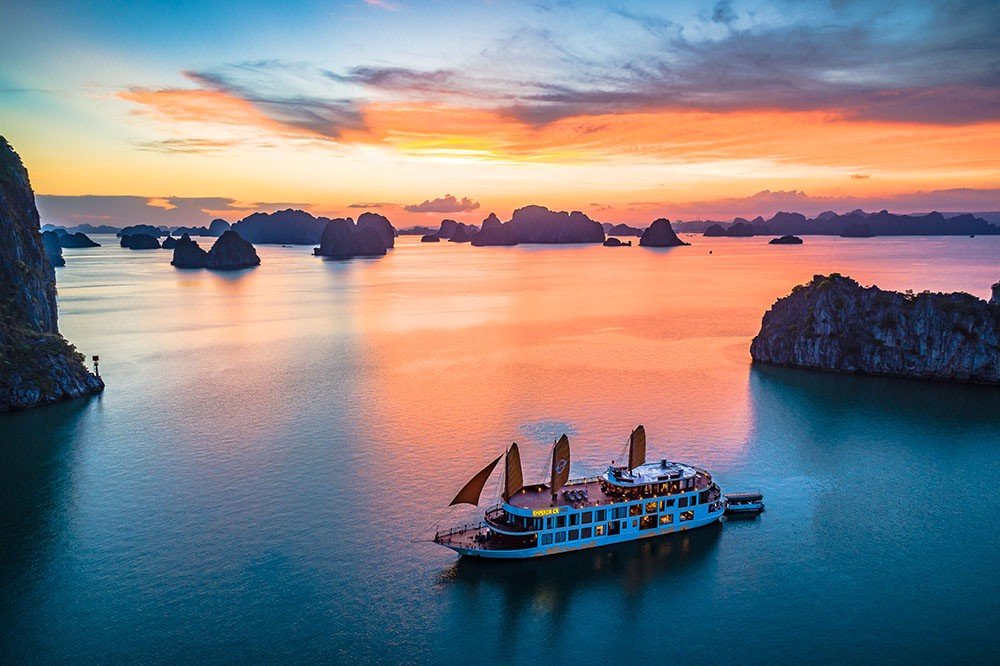 TOP INCENTIVE TRIP IN HANOI- SAPA- HALONG BAY IN 2020-2021