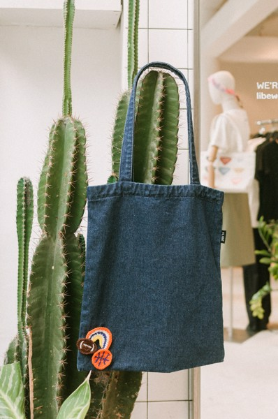 Denim Tote Bag With Removable Pins