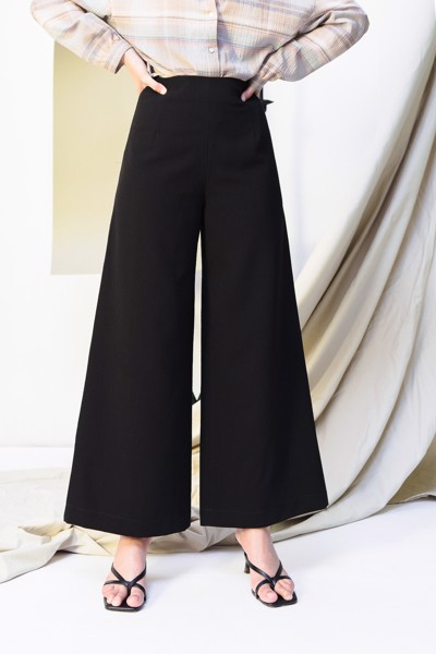 Black Constract Stiching Trousers