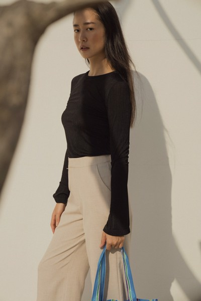 Black Fitted Long Sleeve Top