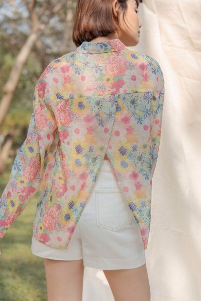 Floral Overlap Back Shirt