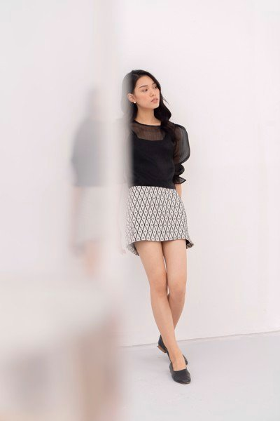 Ripples Patterned Skirt
