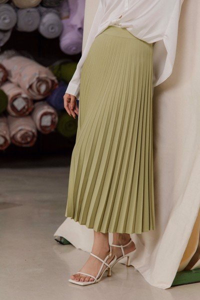 Pleated Midi Skirt - Green