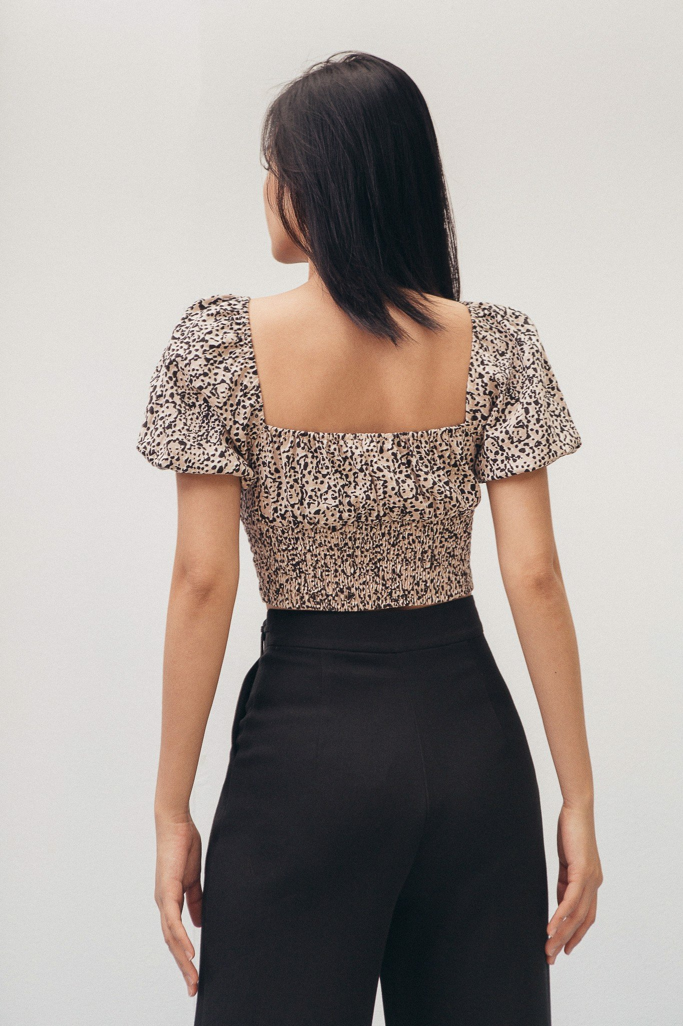 Leopard Puff Sleeve Crop Top