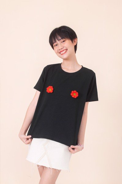 Blooming Tshirt - Black