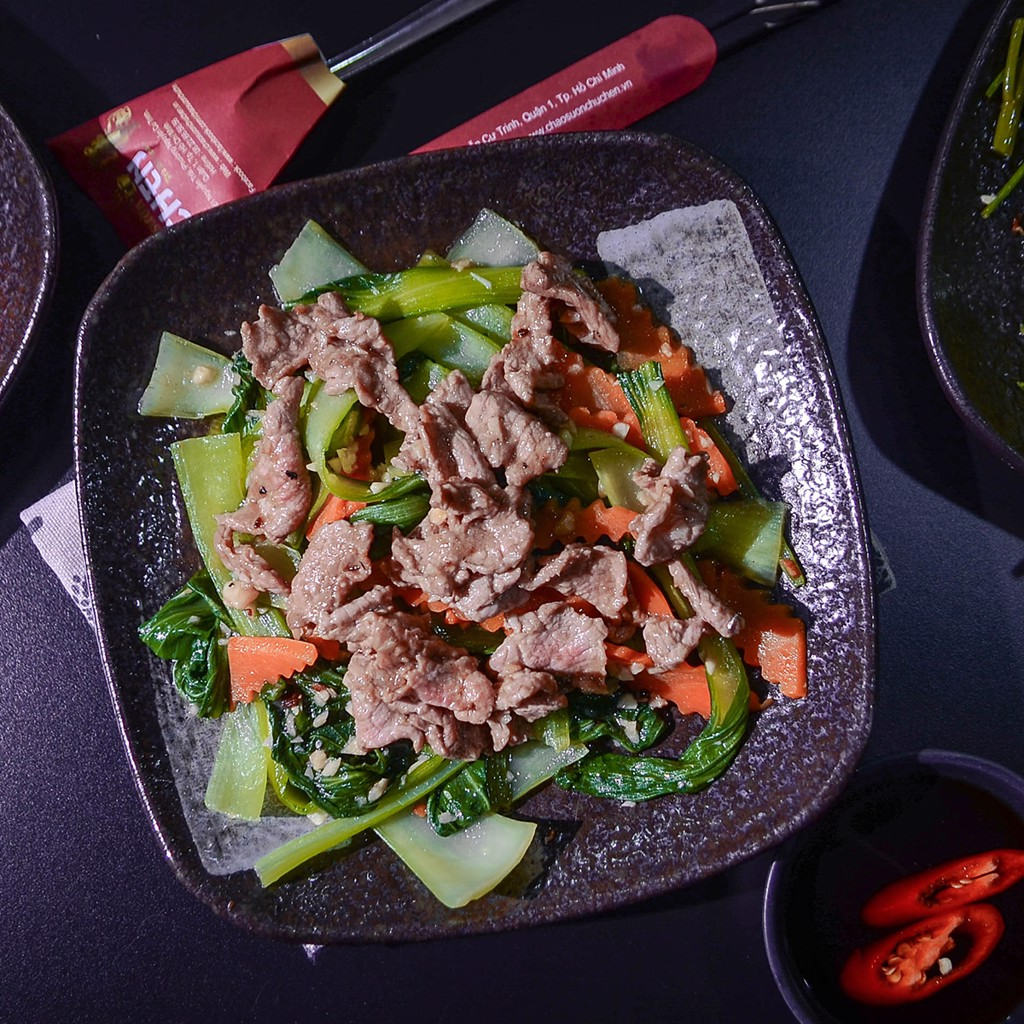 CẢI THÌA XÀO BÒ (Stir- Fried Chinese Cabage With Beef)