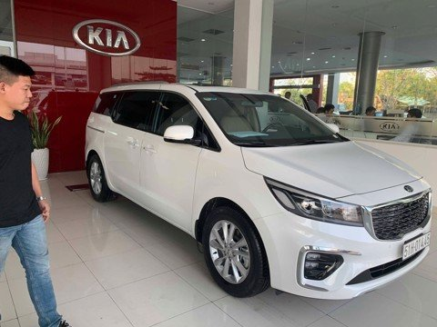 KIA SEDONA 2019 FULL OPTION