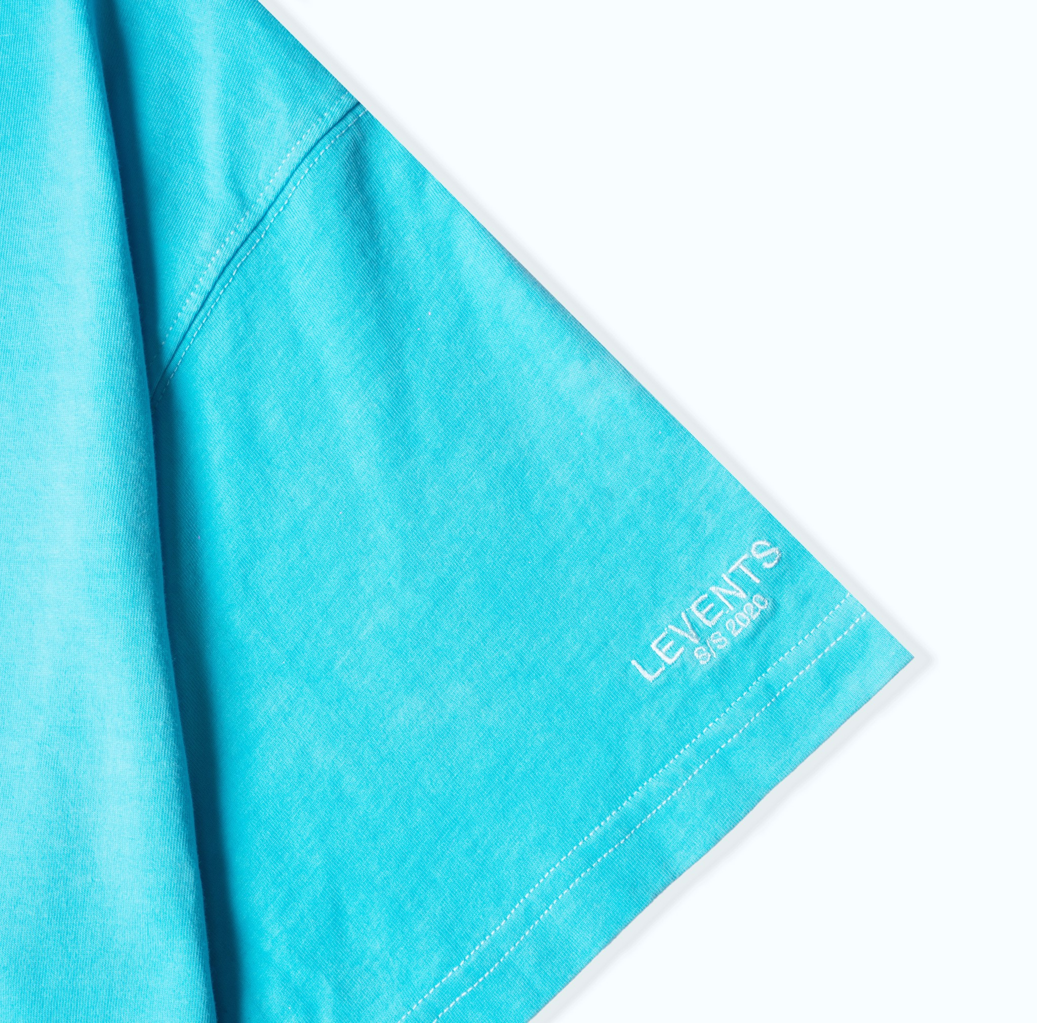 LVS PLUS LOGO GRADIENT TEE/ BLUE