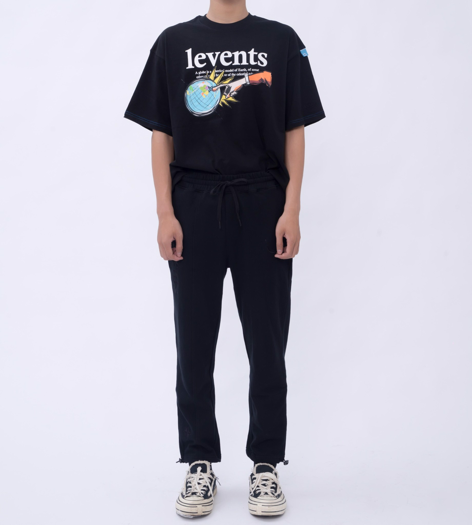 + LVS CAYA SWEATPANTS - BLACK