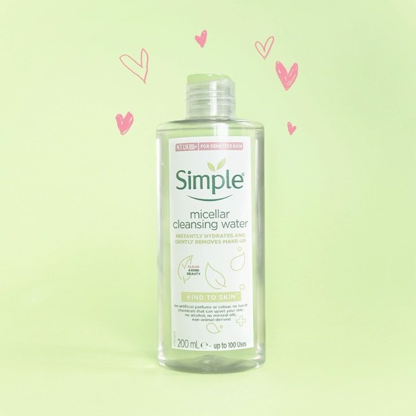Nước tẩy trang Simple Kind to Skin Micellar Cleansing Water