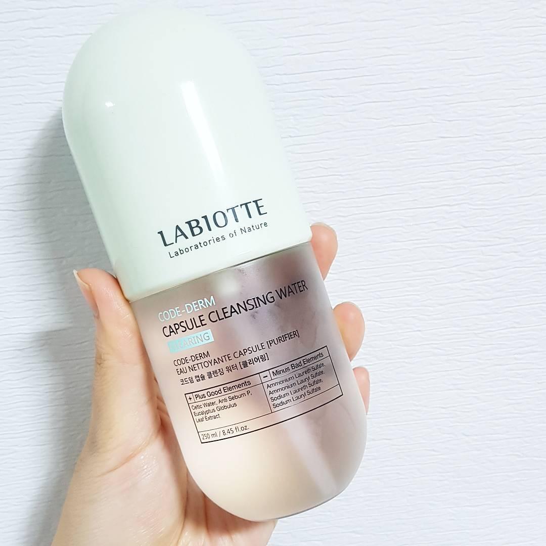 Nước tẩy trang Labiotte Core Derm Capsule Cleansing Water – Clearing (màu xanh lá)