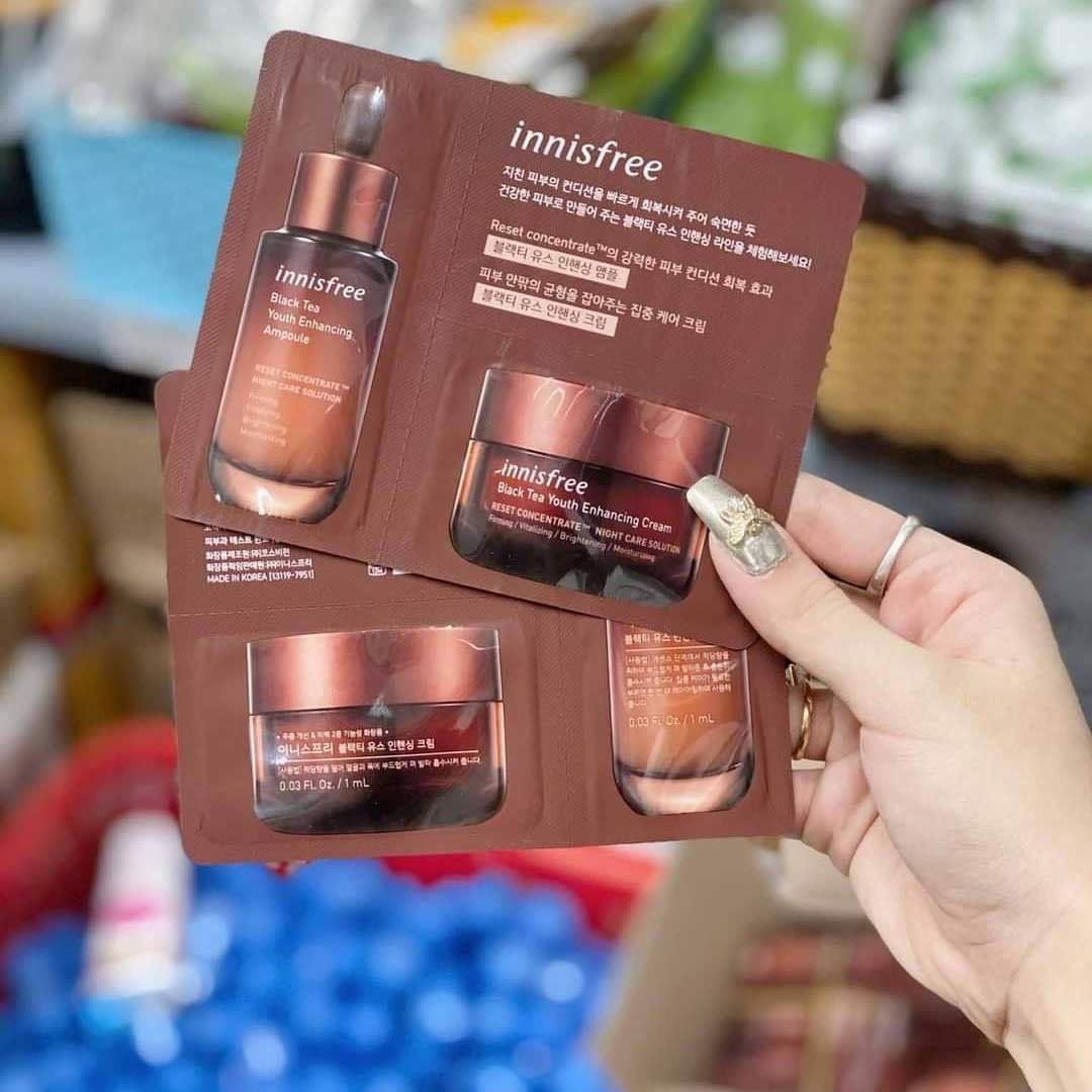 Sample Innisfree Black Tea Youth Enhancing Ampoule And Cream
