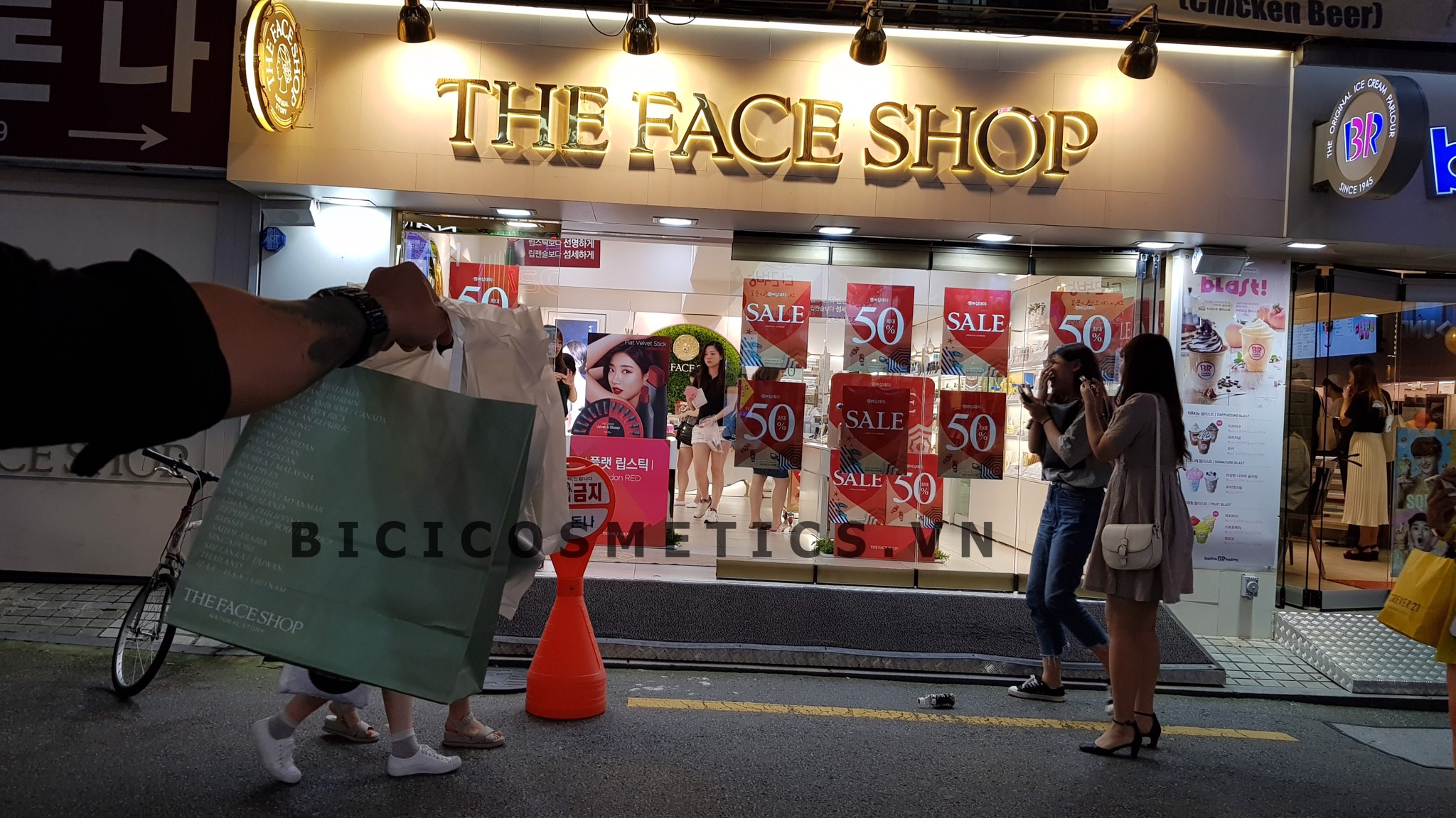 Sale off 50% tại THE FACE SHOP Hàn Quốc 1