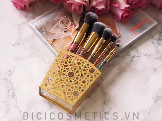 Bộ cọ trang điểm Tarte Limited-edition Artful Accessories Brush Set