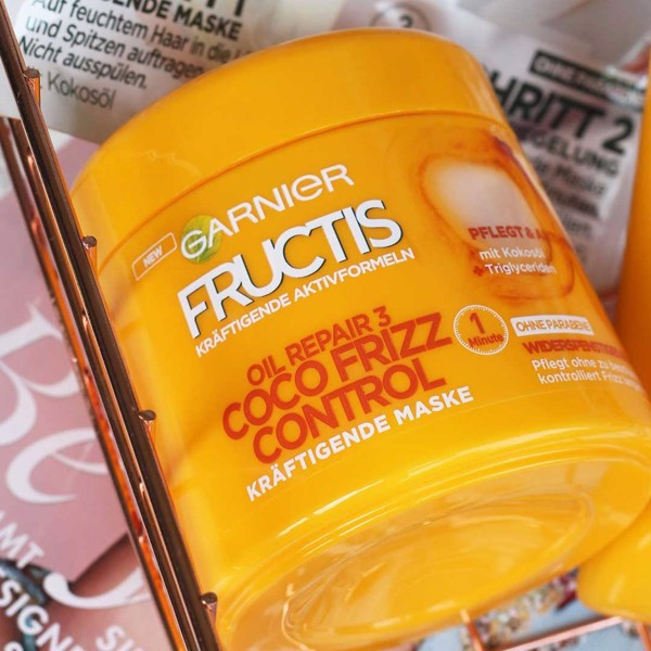 Ủ Tóc Garnier Fructis Oil Repair 3 Coco Frizz Control Hair Mask 300 ml