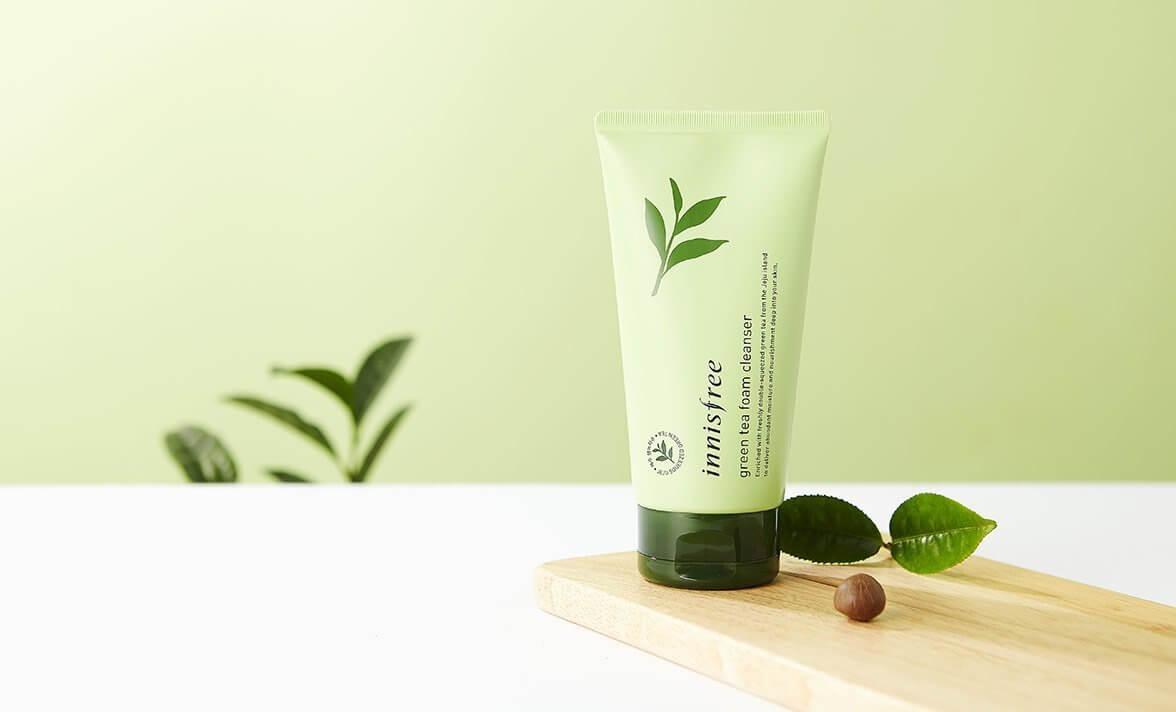 Sữa rửa mặt Innisfree Green Tea Cleansing Foam-bicicosmetics.vn