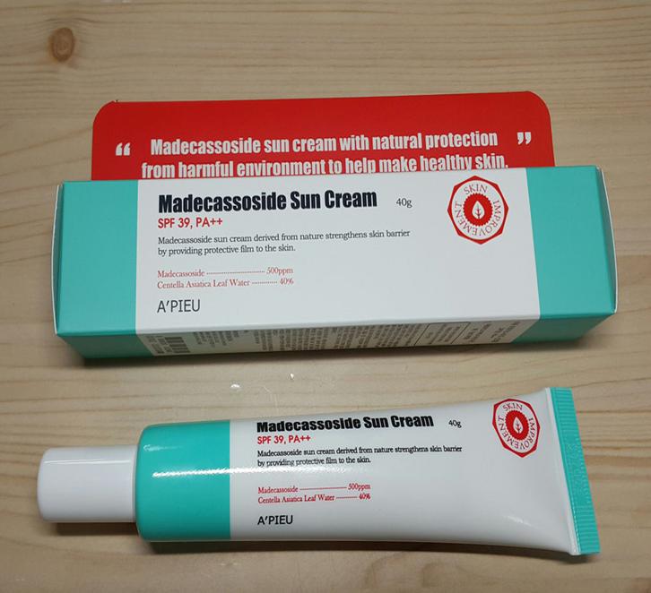 Thiết kế sản phẩm A'Pieu Madecassoside Sun Cream SPF39 PA++