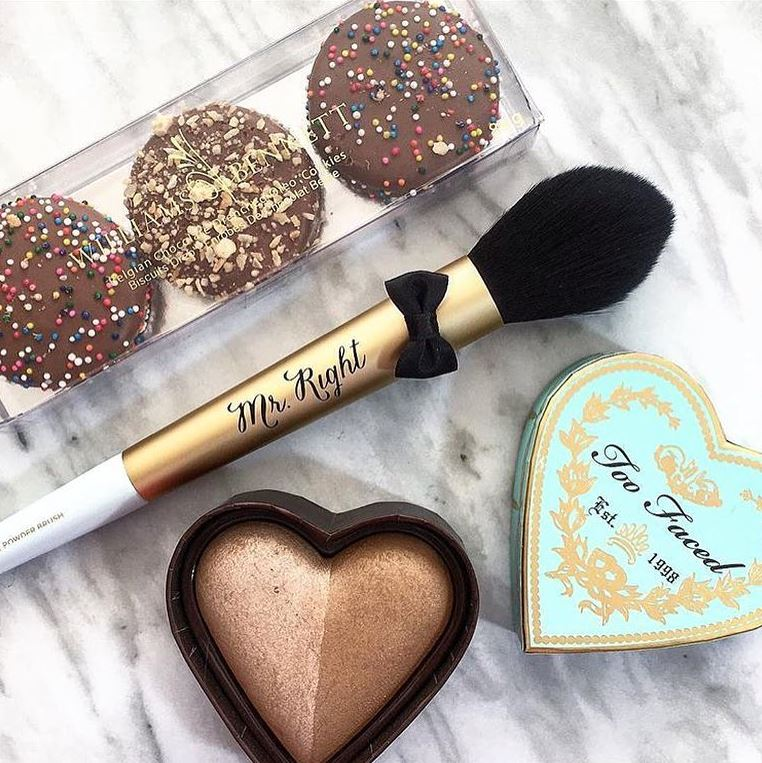 Phấn Tạo Khối Too Faced Sweethearts Bronzer 1