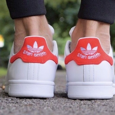 [BZ0482] ADIDAS STAN SMITH RED