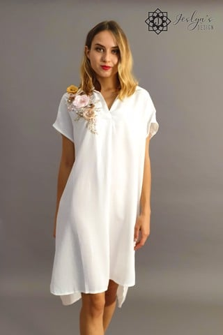 White shirt dress with 3D flowers D42J