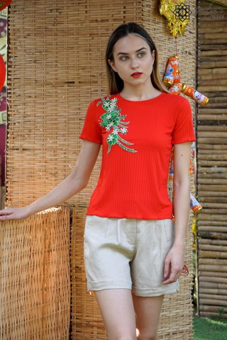 Red top with 3D embroidery flower A104J