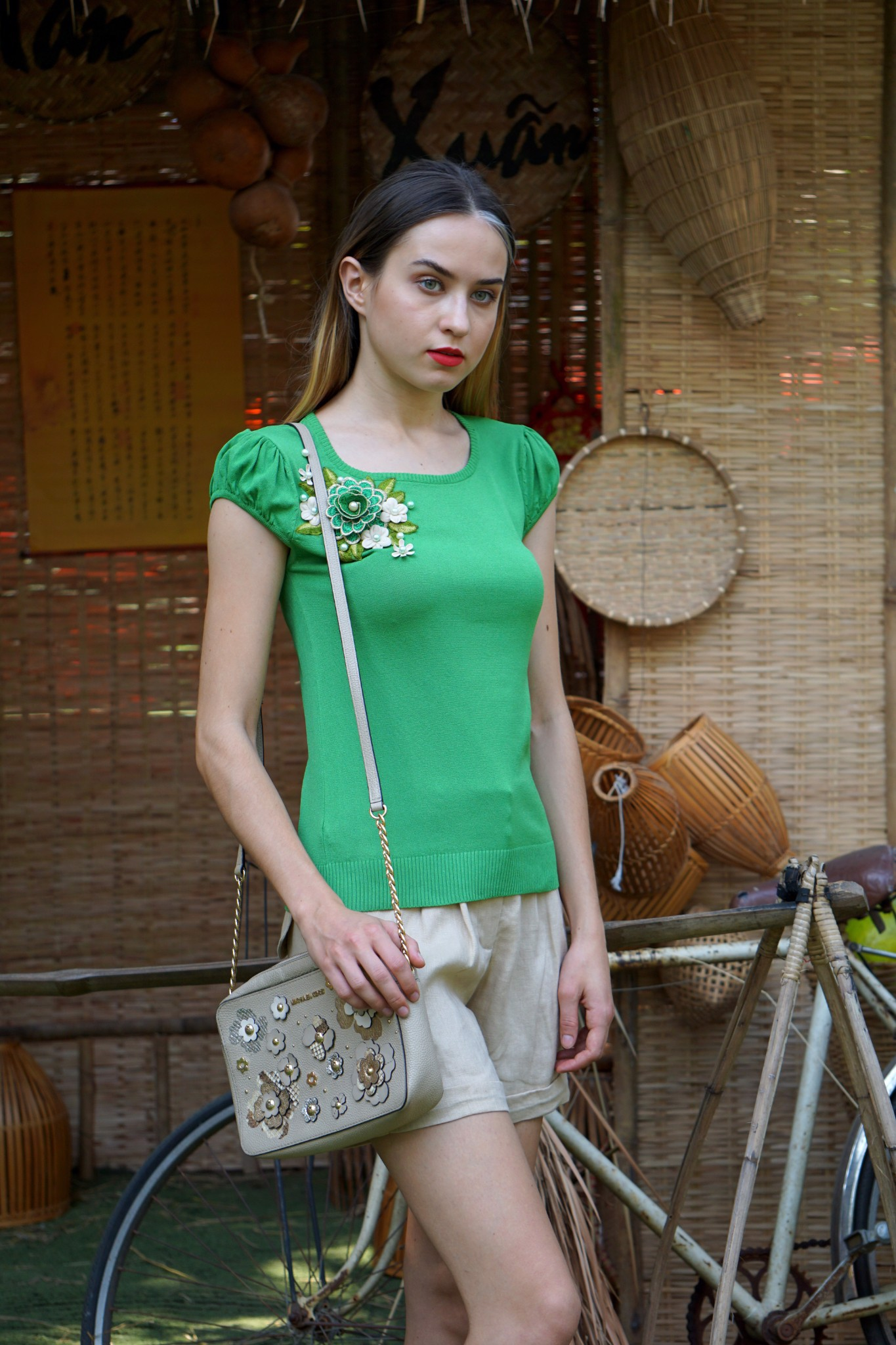 Green top with 3D embroidery flower A105J